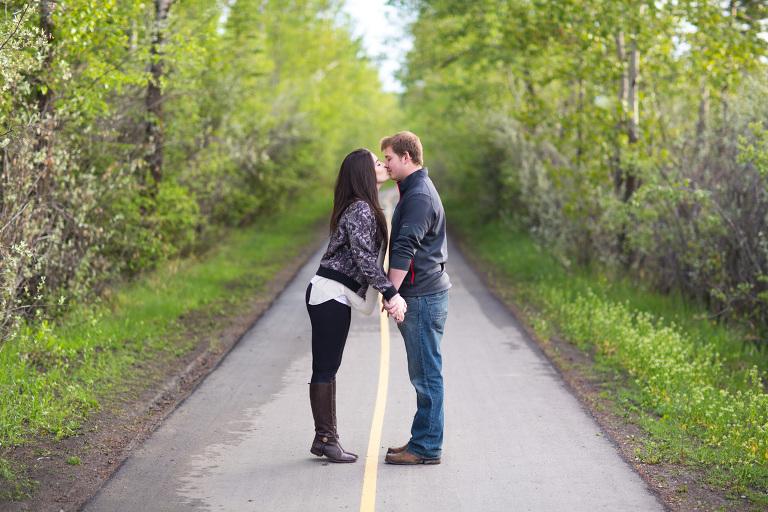 Romantic Relationship photography in Calgary